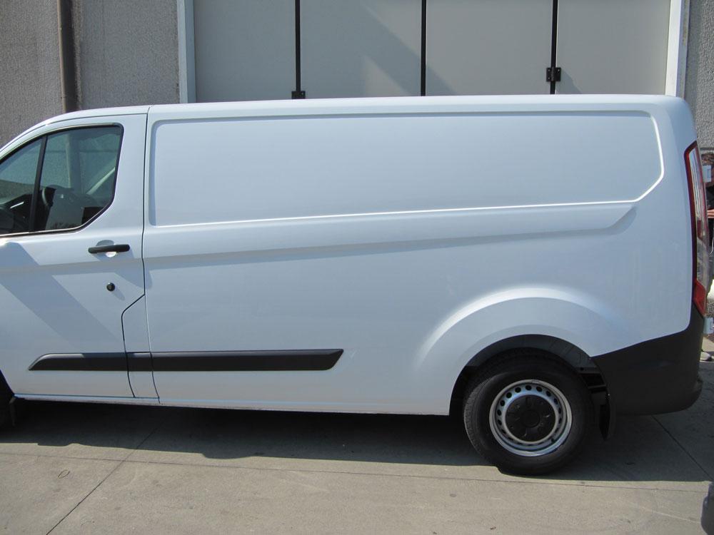 Adesivo Rivastigmina Sus ~ Applicazione PVC Adesivo su furgone Composervice